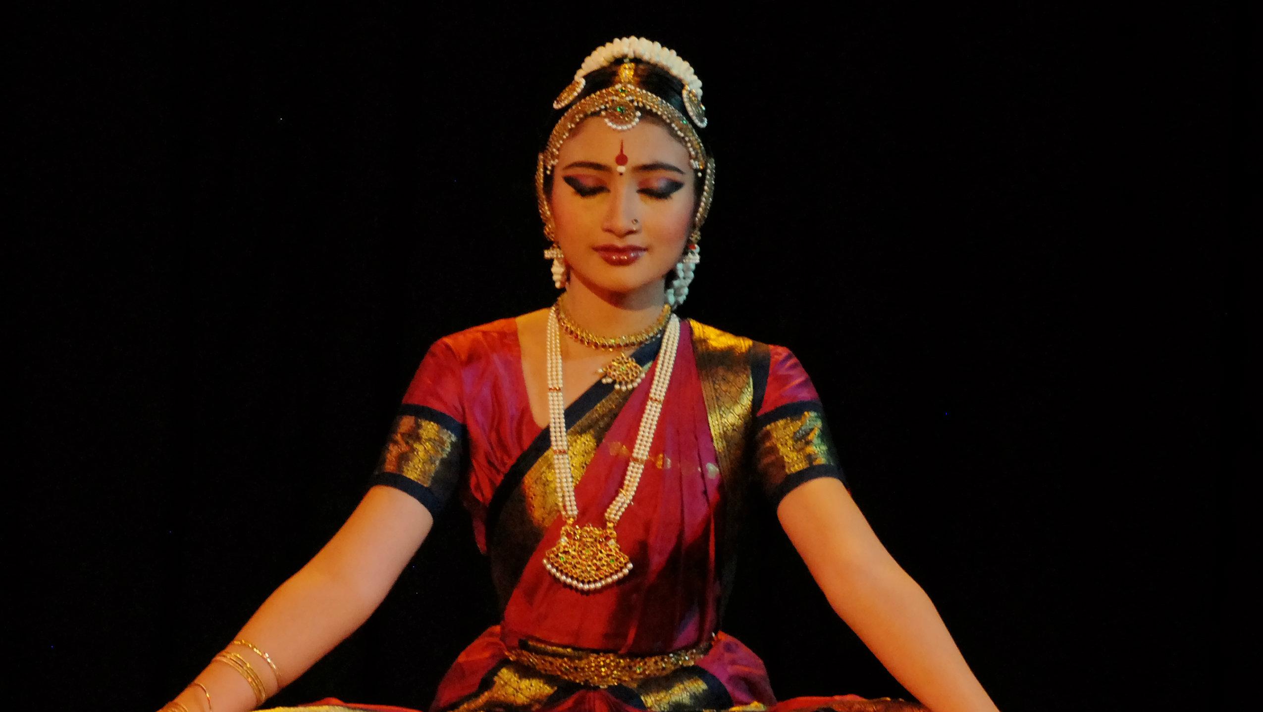 Shanta Rasa - Kalyani Kala Mandir